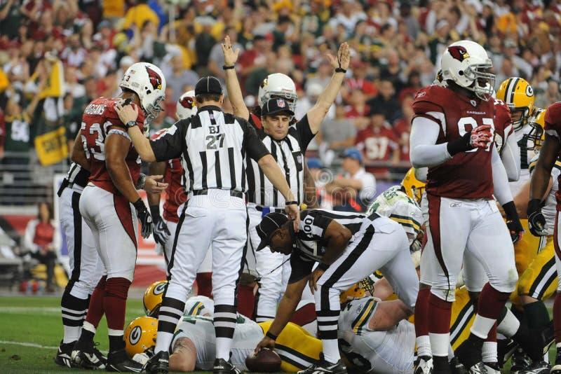 Aaron Rodgers ploegt zijn manier aan een touchdown royalty-vrije stock afbeeldingen