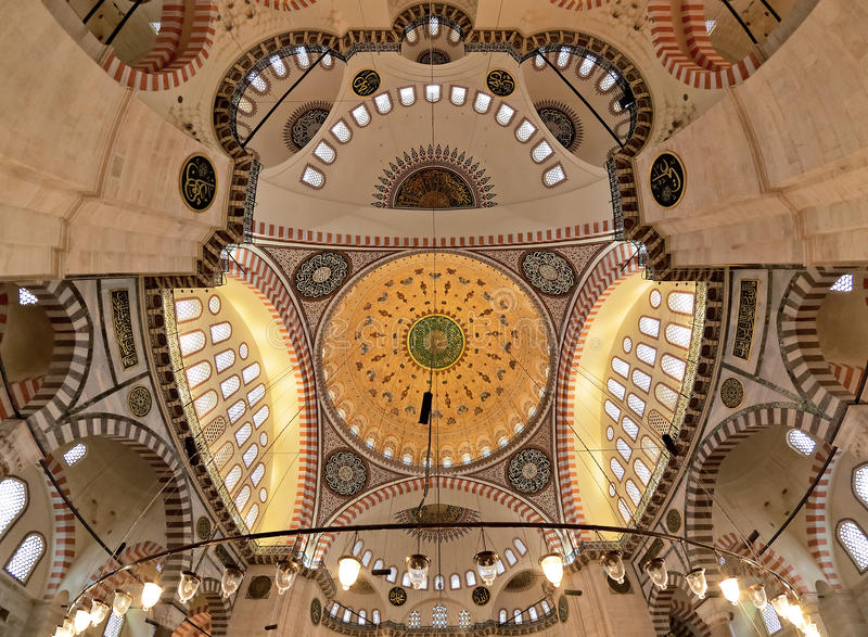 Abóbada da mesquita de Suleymaniye em Istambul foto de stock royalty free