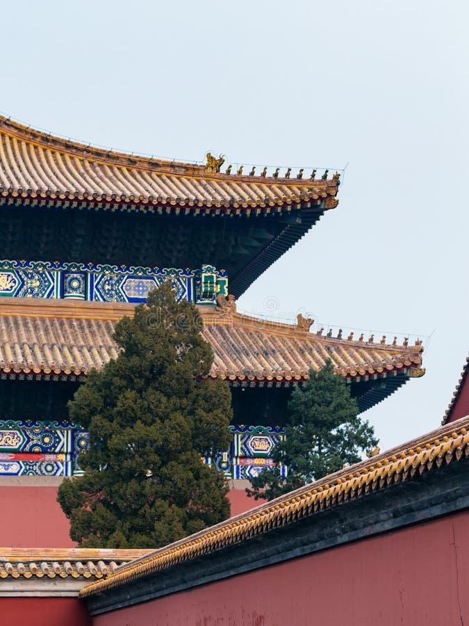 abóbada de Salão para a adoração dos antepassados no templo fotografia de stock royalty free