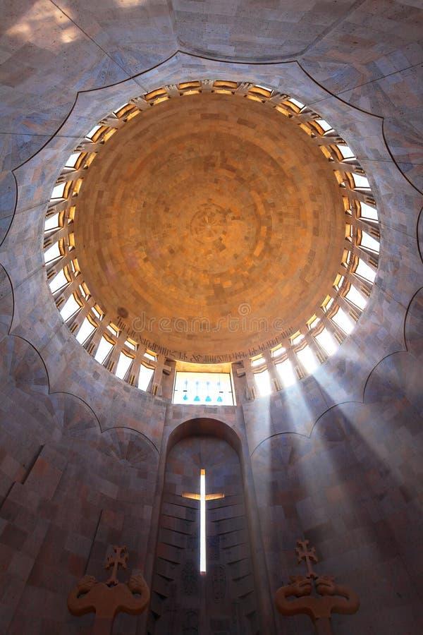 Abóbada do templo em um interior imagem de stock