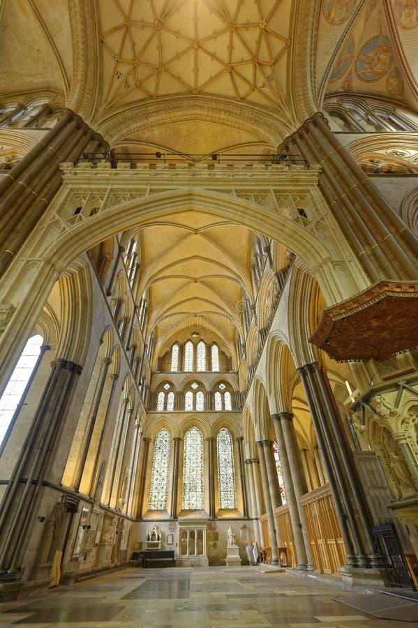 Ab?bada e arcos da catedral de Winchester Arquitetura majestosa imagens de stock