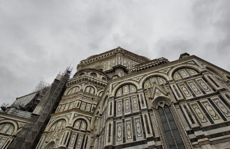 Abóbada inacabado de Brunelleschi da parte fotos de stock