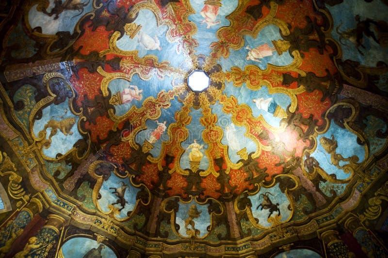 Abóbada magnífica no castelo de Hellbrunn fotos de stock