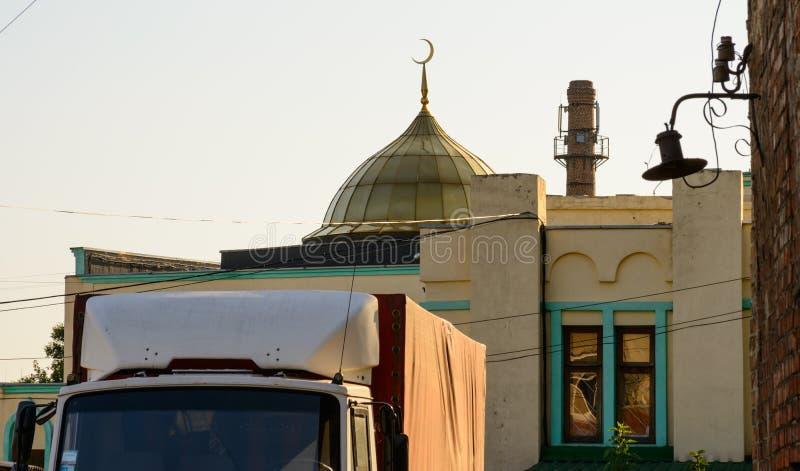 Abóbada sobre uma casa em Kharkiv foto de stock royalty free