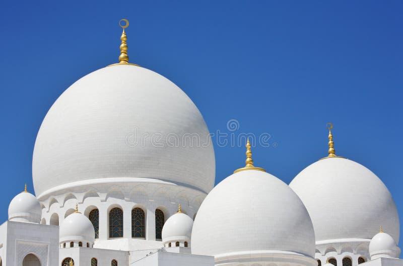 Abóbadas e Sheikh Zayed Mesquita das colunas em Abu Dhabi foto de stock royalty free