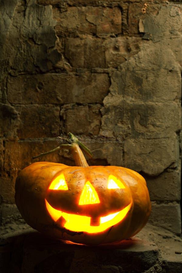 Abóbora de Halloween na noite foto de stock royalty free