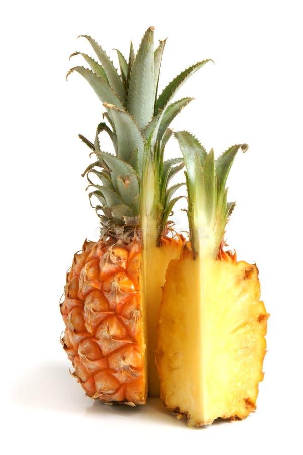 Download Abacaxi maduro foto de stock. Imagem de citrino, partes - 16864832