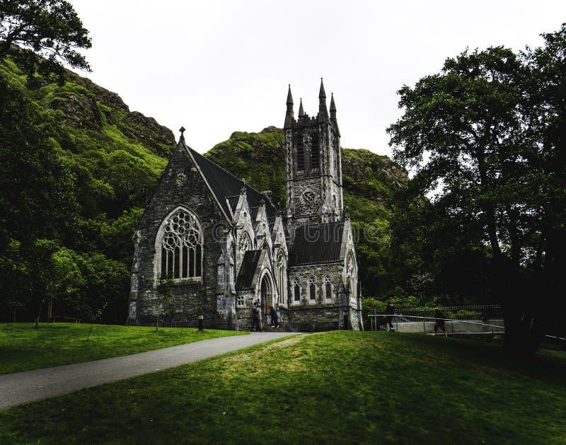 Abadía de Kylemore, la iglesia gótica, Connamara fotografía de archivo libre de regalías
