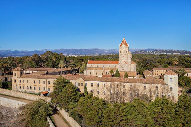 Abadía de Lerins en la isla del santo-Honorat, Francia foto de archivo