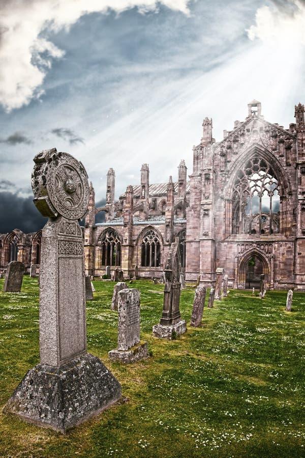 Abadia da melrose - um lugar a ficar até o final imagens de stock royalty free