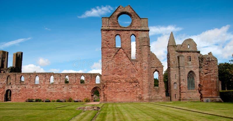 Abadia de Arbroath, o claustro   imagens de stock royalty free