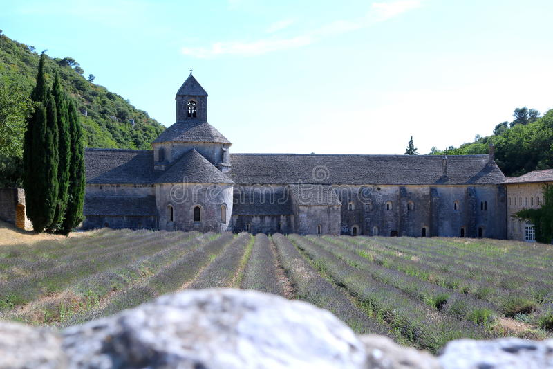 Abadia de Sénaque/Abbaye Notre-Dame de Sénanque, França imagens de stock royalty free