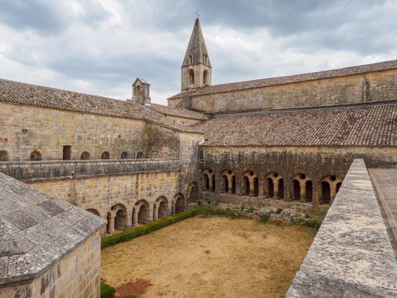 A abadia de Thoronet em França fotos de stock