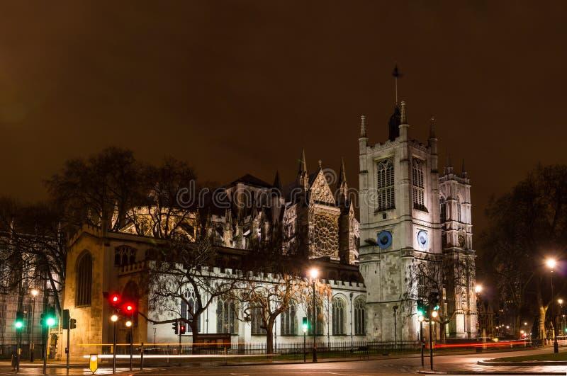 Abadia de Westminser, Londres, Inglaterra, na noite fotografia de stock royalty free