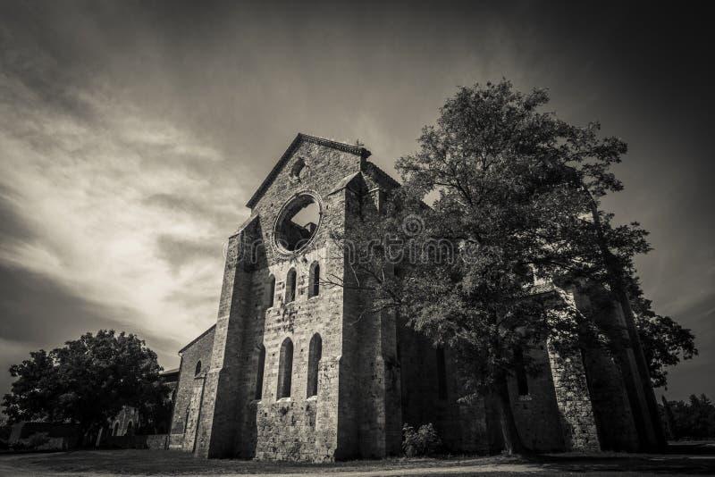 Abadia gótico de Toscânia foto de stock royalty free