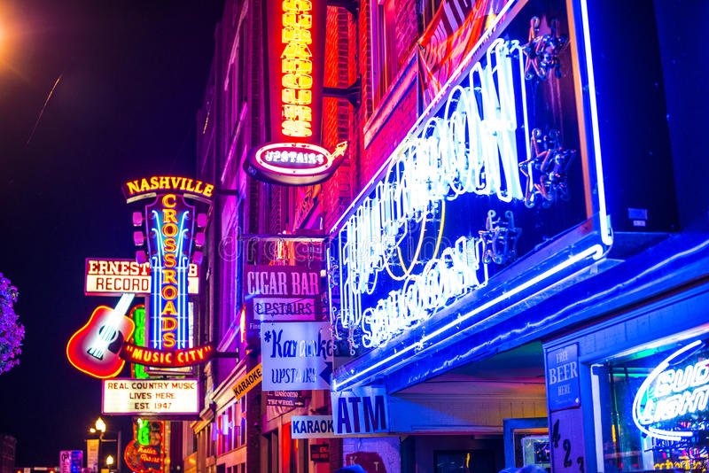 Abaissez Broadway Nashville photographie stock libre de droits