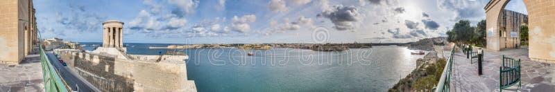 Abaissez les jardins de Baracca à La Valette, Malte image stock