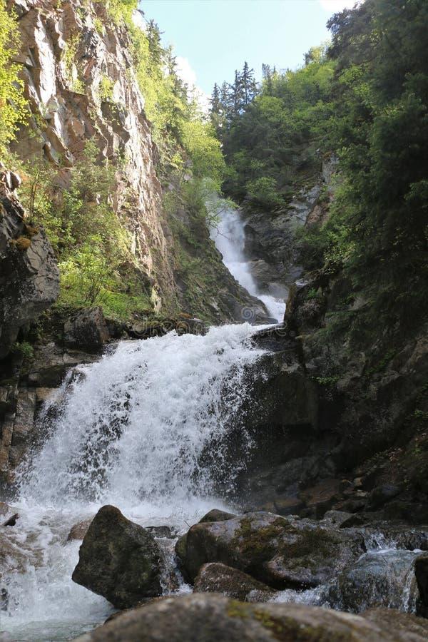 Abaissez Reid Falls dans Skagway, Alaska photos stock