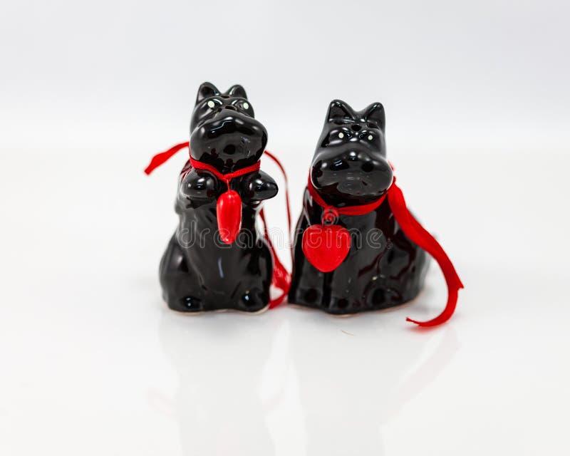 Abanadores pretos de sal e de peper de Scottie Dog fotografia de stock