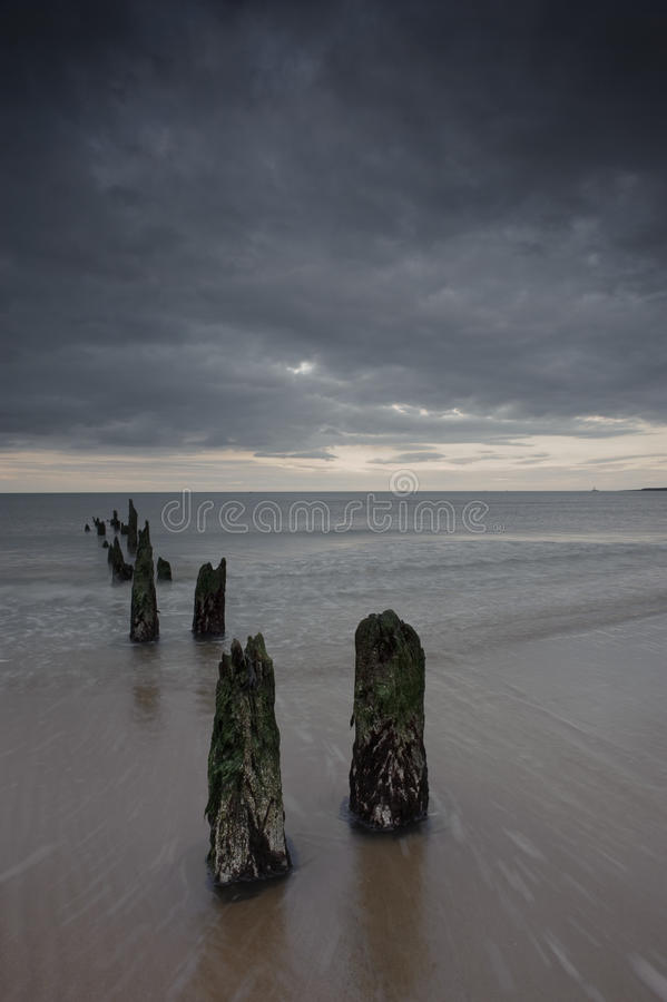 Abandonado ao mar fotos de stock