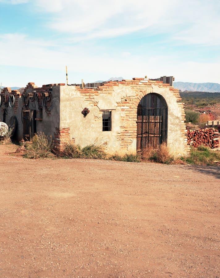 Abandonded cegły dom zdjęcie royalty free