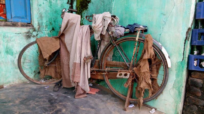 Abandoned bicycle royalty free stock photos