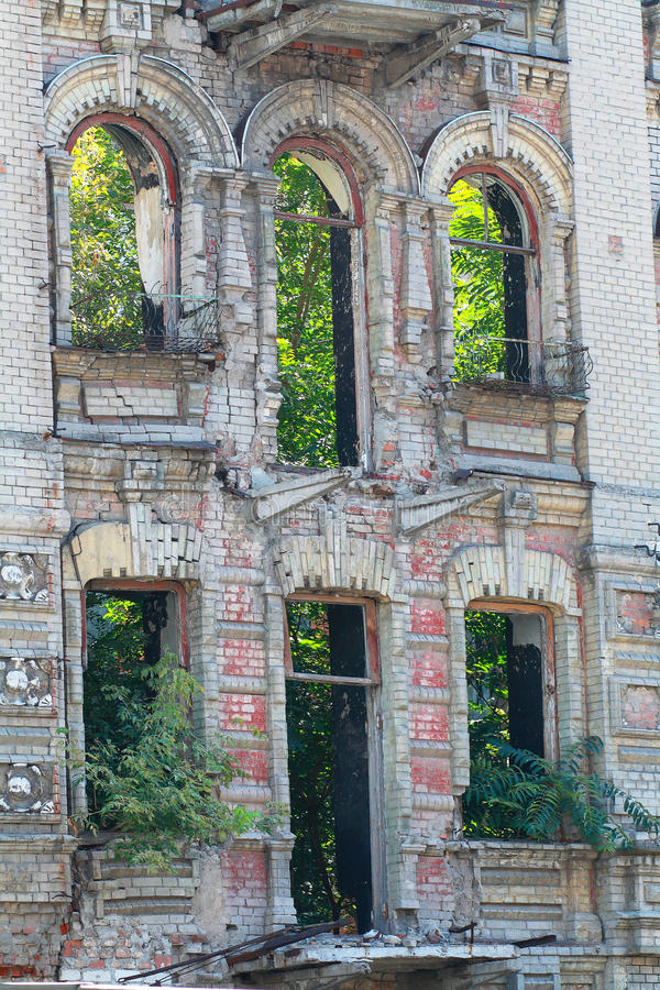 Download Abandoned building facade stock photo. Image of nuvour - 33179772