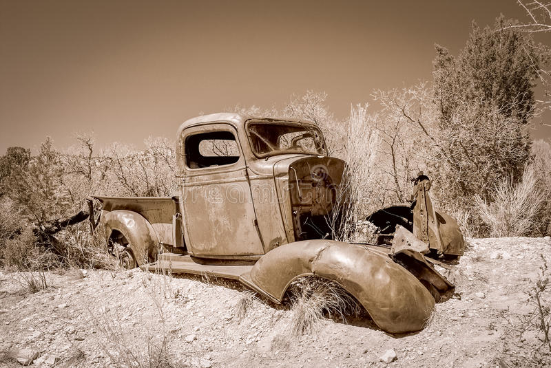 Abandoned Truck in a desert. royalty free stock photos