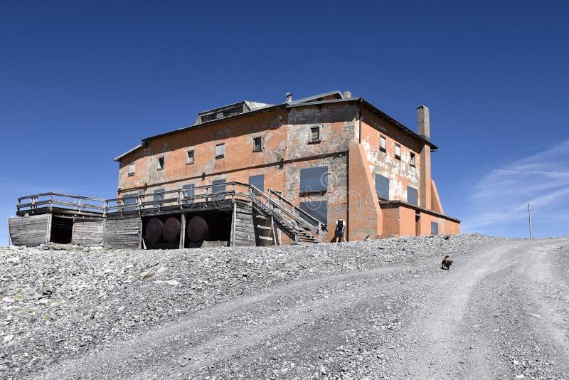 Abandonend-Gebäude (Höhe 3000mtr) nahe der Spitze des Stelvio, Süd-Tirol, Italien stockbilder