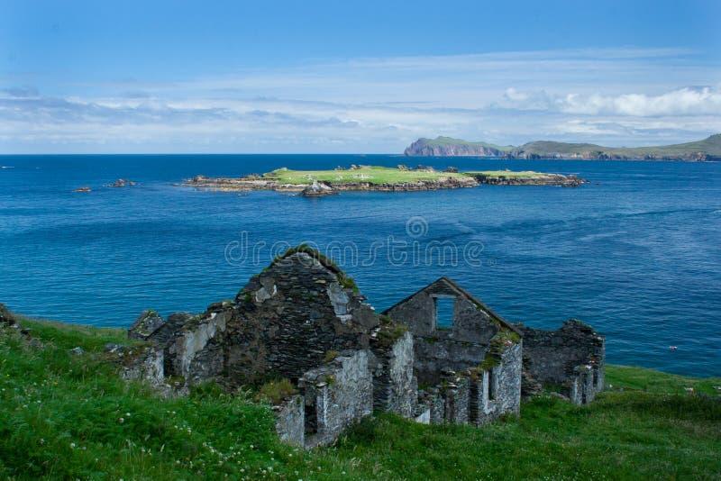 Abandonné à la maison sur la grande île de Blasket photo stock