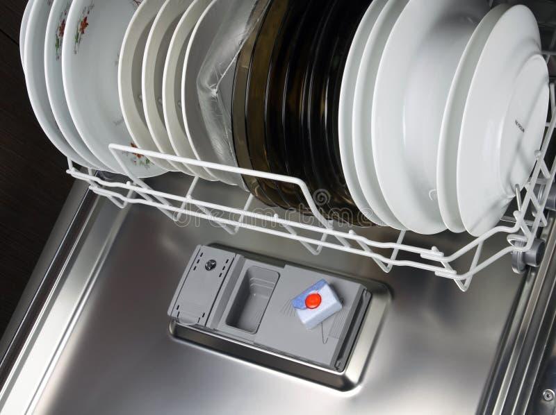 Abas da máquina de lavar louça fotos de stock royalty free
