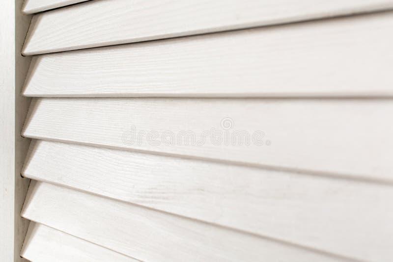 Abat-jour en bois blancs image stock