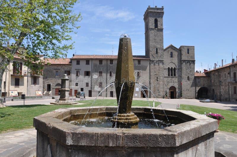 Abbadia San Salvatore em Toscânia fotos de stock royalty free