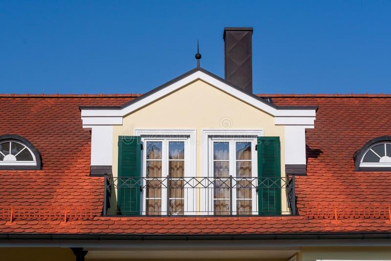 Abbaino con balcon francese fotografia stock