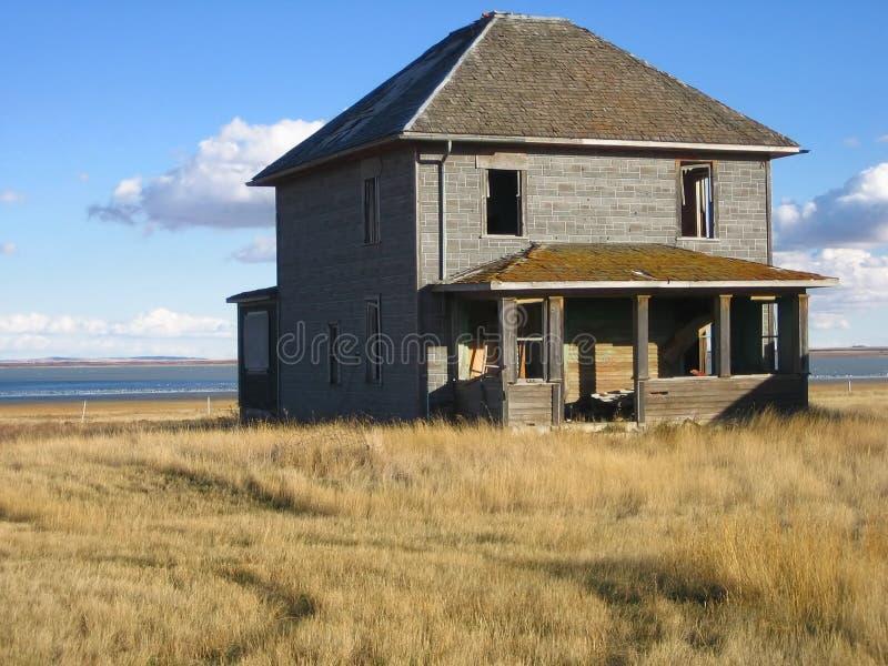 Download Abbandonato a casa fotografia stock. Immagine di rurale - 350036