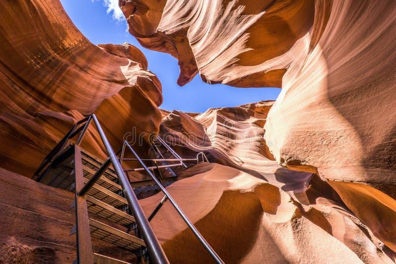 Abbassi il canyon dell'antilope, Arizona fotografie stock
