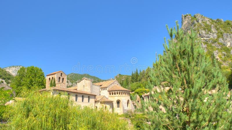 Abbaye dans le saint Guilhem France image libre de droits