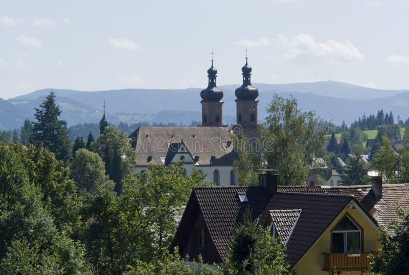 Abbaye de St Peter dans la forêt noire à l'été photos libres de droits