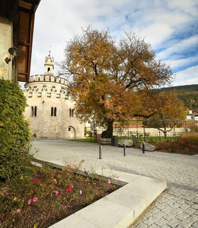 Abbey Novacella, Tirolo Del Sud, Italia, Bolzano Il ...