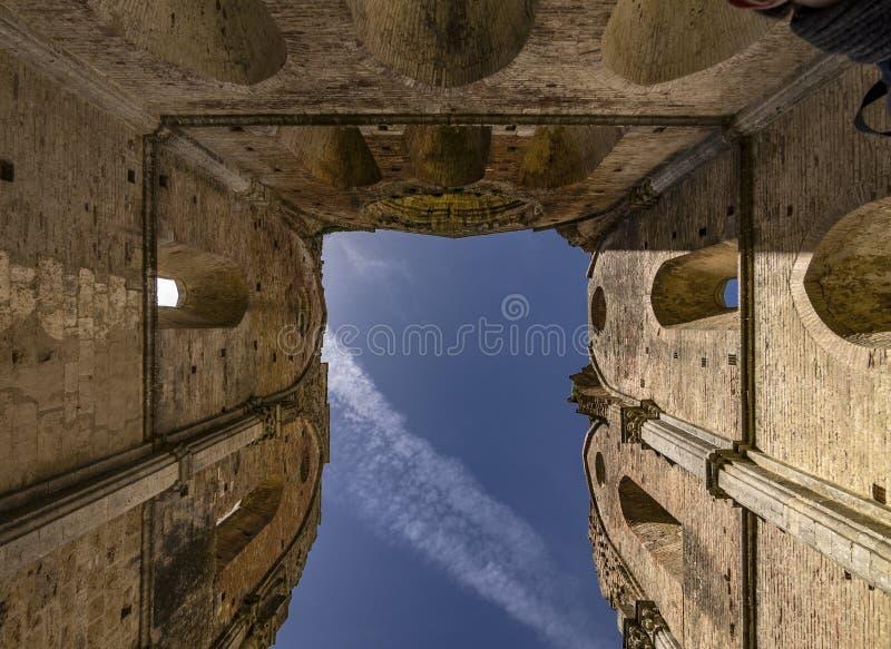 Abbazia di San Galgano veduta dall'interno, in Italia immagine stock libera da diritti