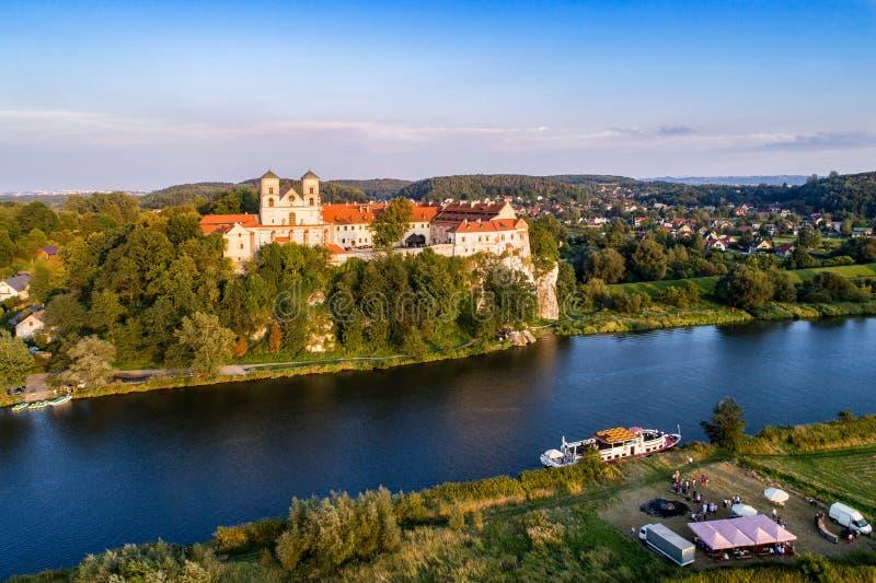 Abbazia e chiesa del benedettino in Tyniec vicino a Cracovia, Polonia fotografia stock libera da diritti