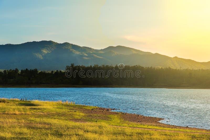 Abbellisca la vista del lato del paese di CHIANGMAI TAILANDIA immagini stock