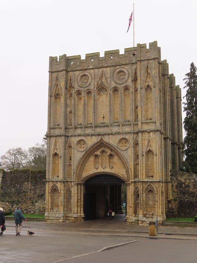 Abbey Gate de Angel Hill, St Edmunds del entierro fotografía de archivo