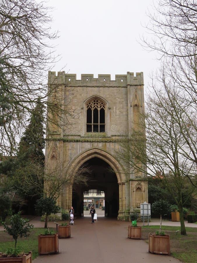 Abbey Gate, St Edmunds do enterro imagens de stock royalty free