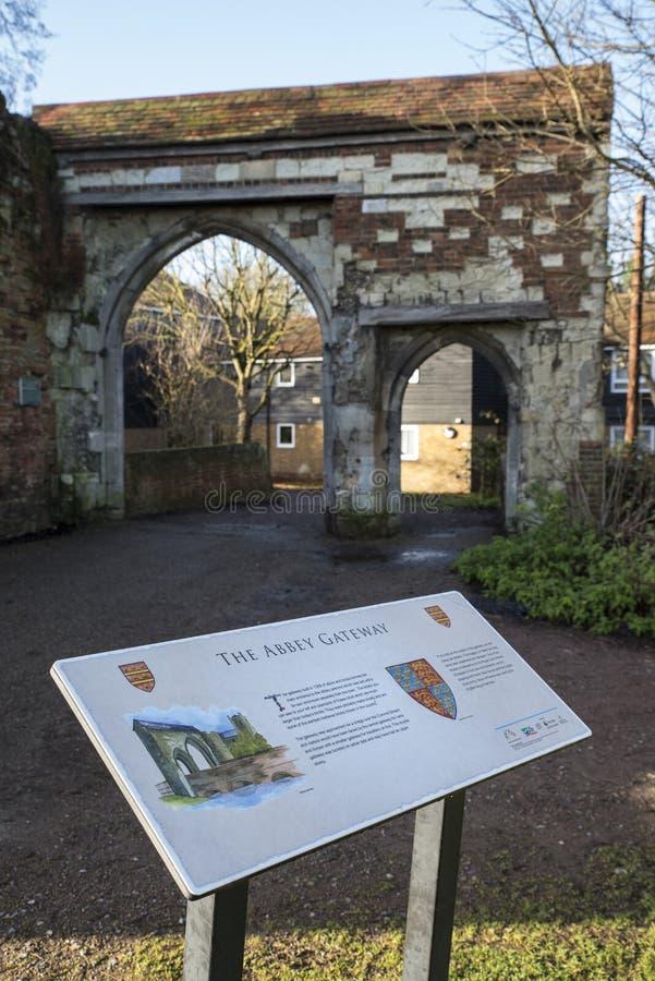 Abbey Gateway nell'abbazia di Waltham immagini stock