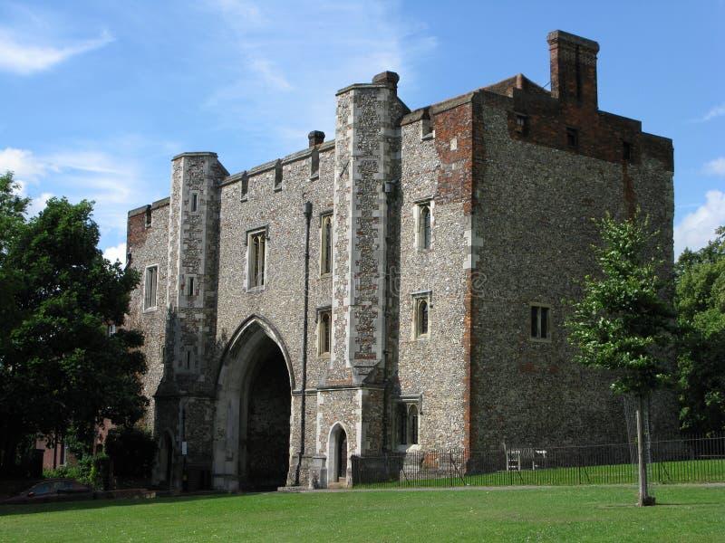 Abbey Gateway, St Albans immagini stock libere da diritti