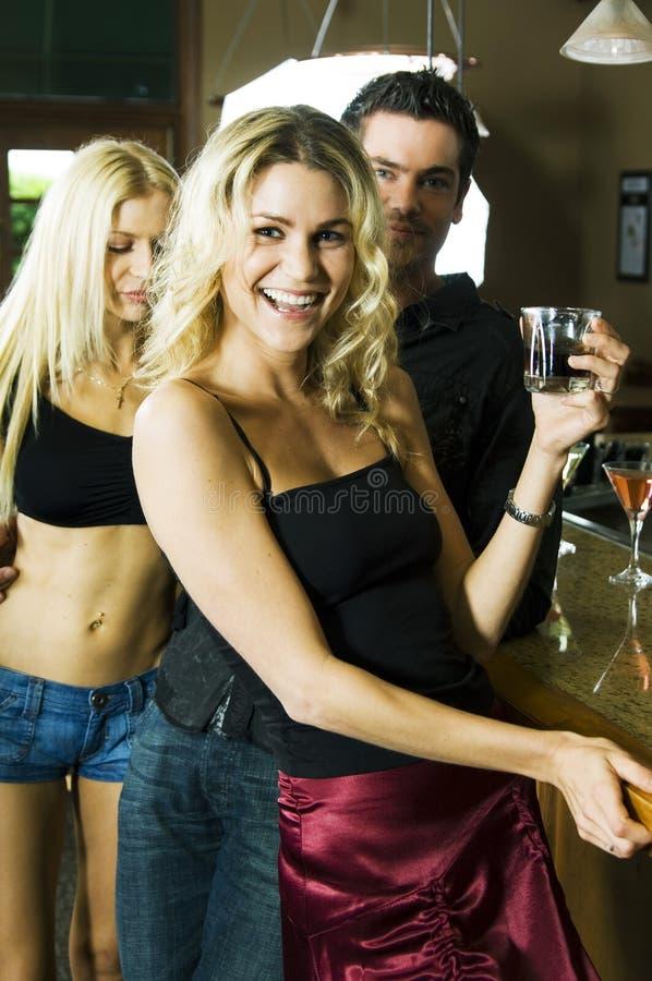 Abbiaci una bevanda con! fotografia stock