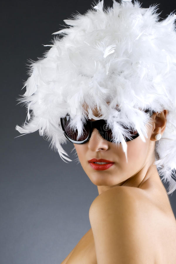 Abbildung der Karnevalsfrau über weißem Hintergrund lizenzfreie stockfotos