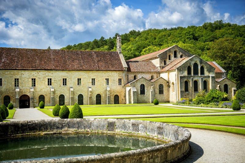 Abbotskloster av Fontenay, Bourgogne, Frankrike fotografering för bildbyråer