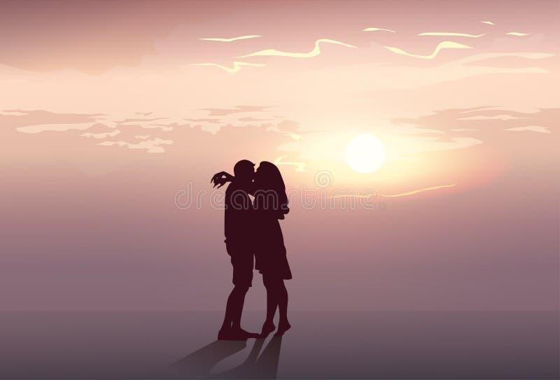Abbraccio romantico delle coppie della siluetta agli amanti uomo di tramonto ed al bacio della donna illustrazione di stock